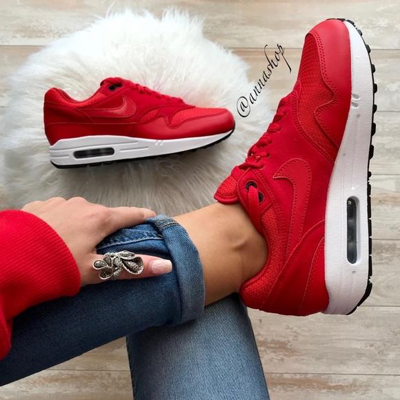 reputable site 502a0 2f644 NWT Nike ID Air Max 1 Red Custom